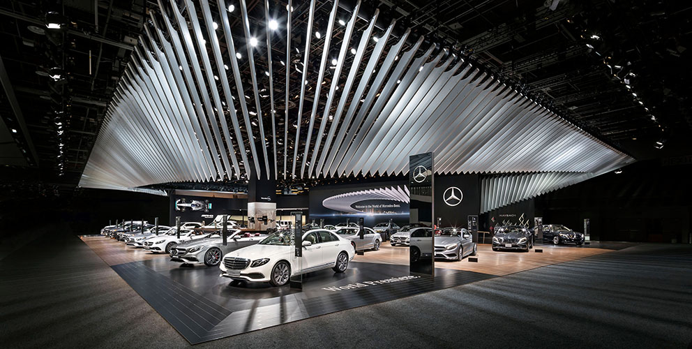 Mercedes-Benz Detroit 2016