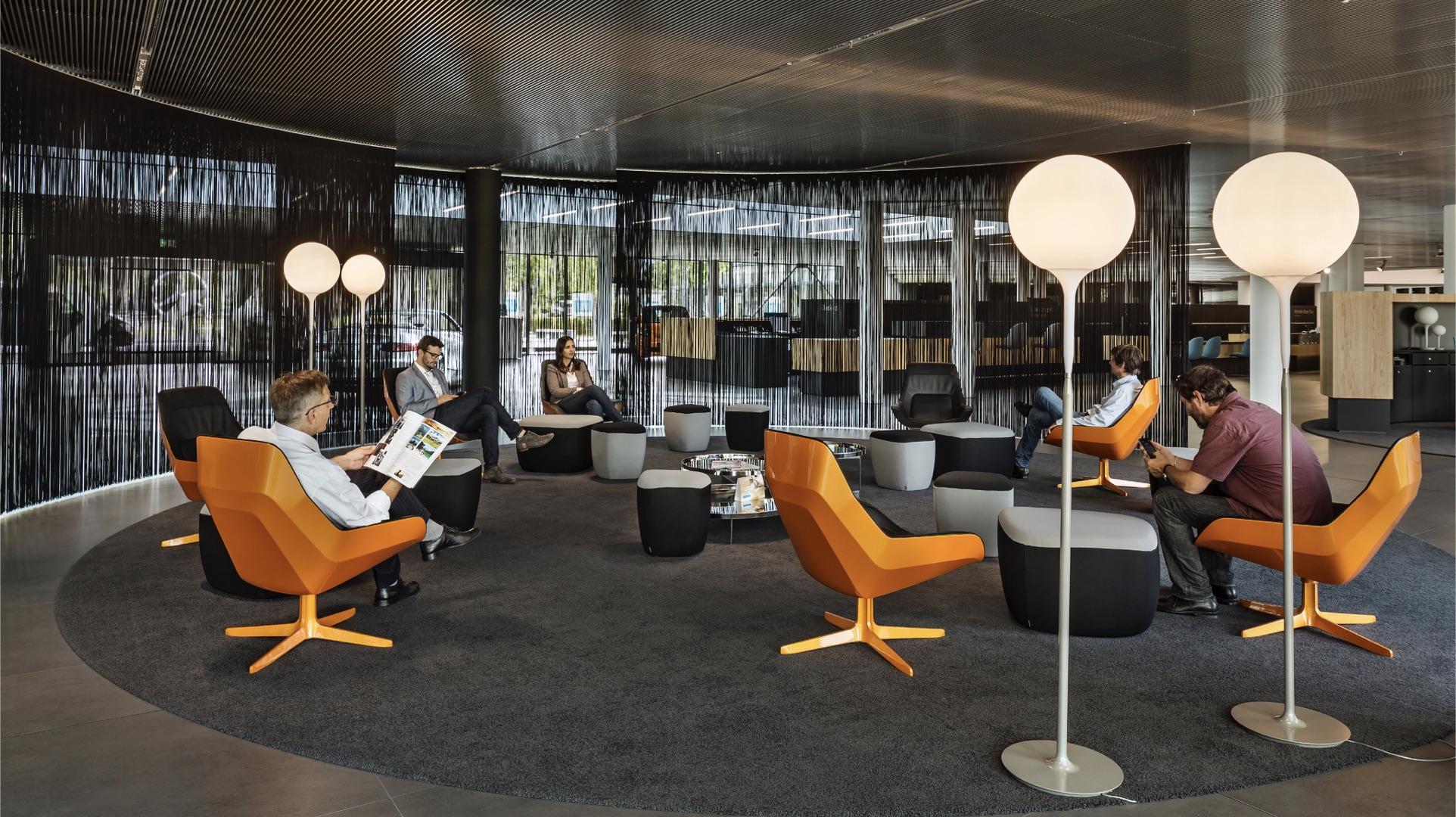 Mercedes-Benz Kundencenter Sindelfingen Lounge