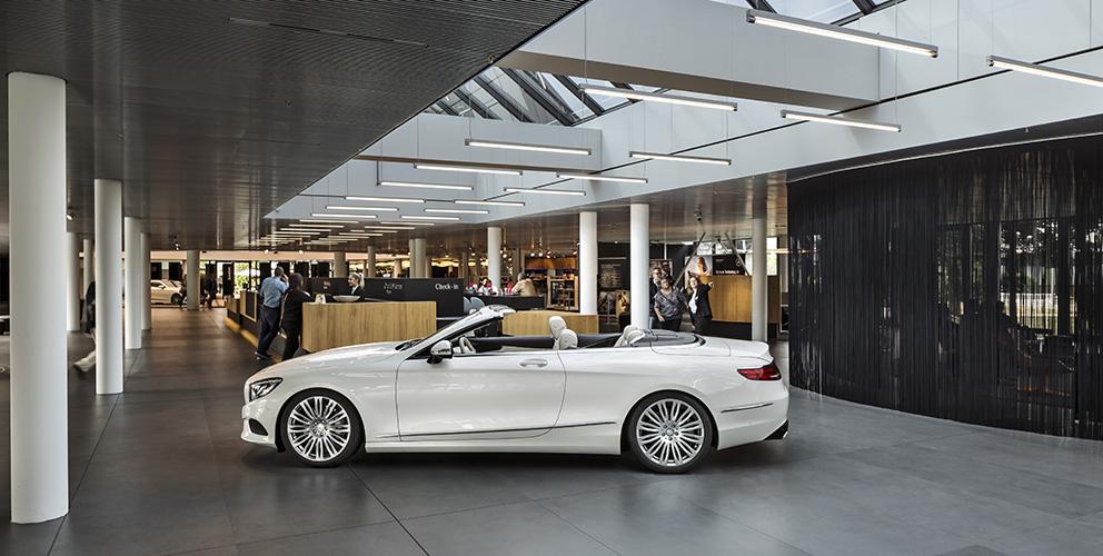 Mercedes-Benz Kundencenter Sindelfingen Innenansicht